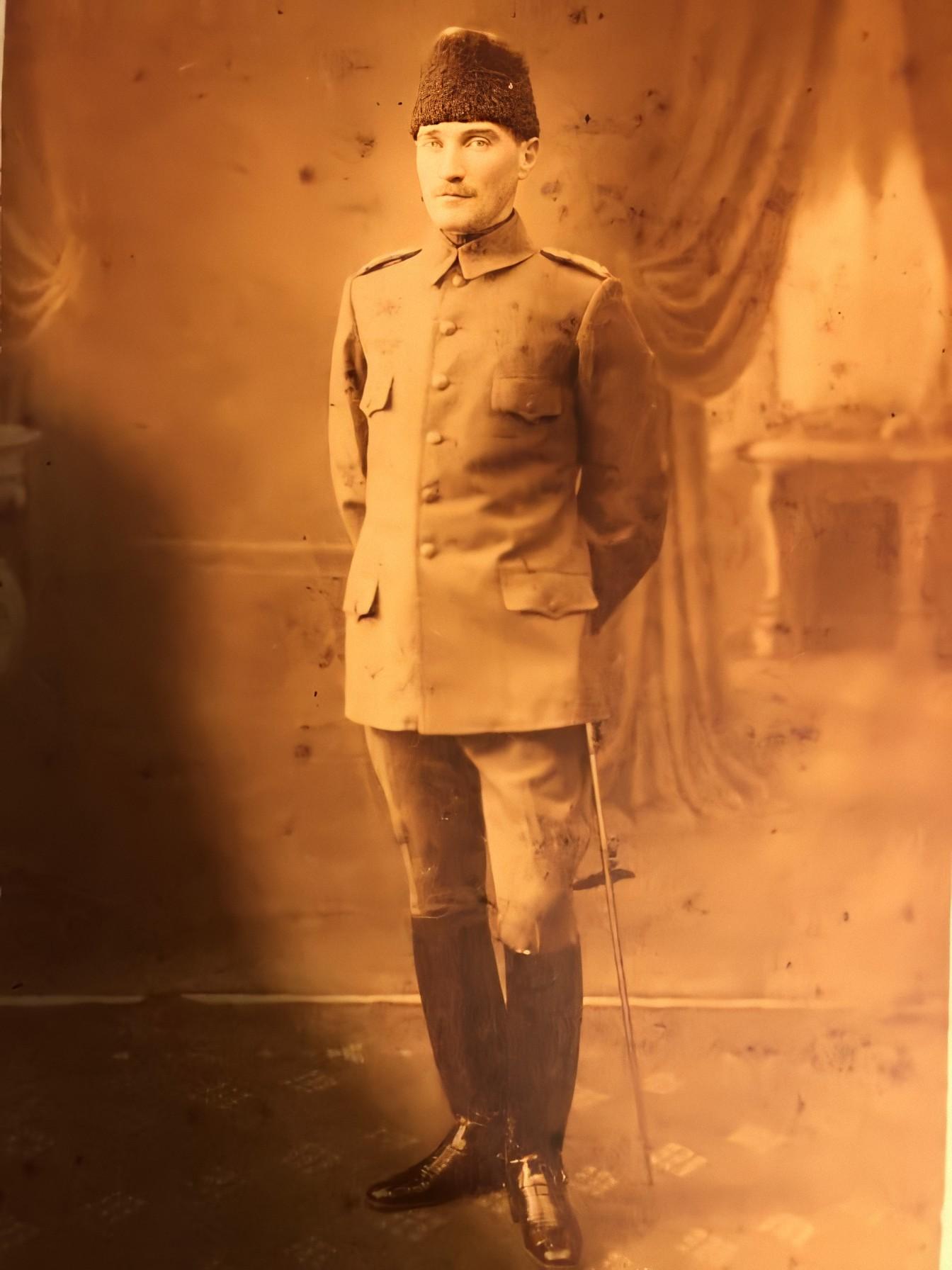 Sofya Askeri Ateşesi Yarbay Mustafa Kemal Bey, 1914.