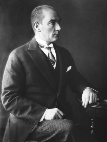 Cumhurbaşkanı Gazi Mustafa Kemal, 1928.