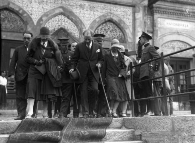 Faik Şenol'un objektifinden Gazi. Haydarpaşa, 11 Haziran 1930.