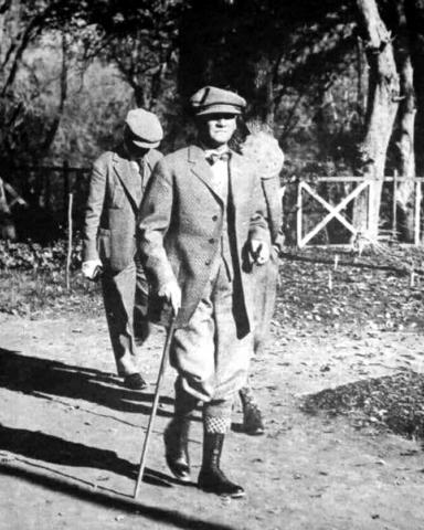 Atatürk Yalova'daki Baltacı Çiftliği'nde denetimde, 3 Eylül 1929.